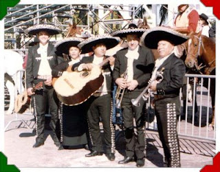 conjunto de mariachis