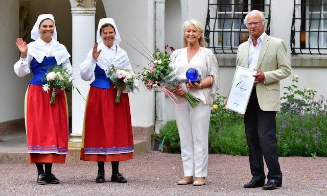King Carl Gustaf, Queen Silvia and Crown Princess Victoria attended the Solliden Award 2021 Ceremony