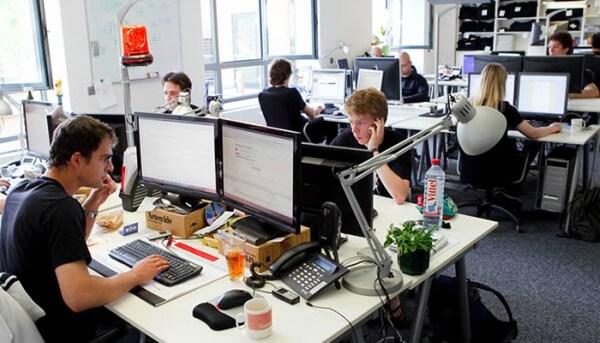 Agências buscam mão de obra voltada à tecnologia