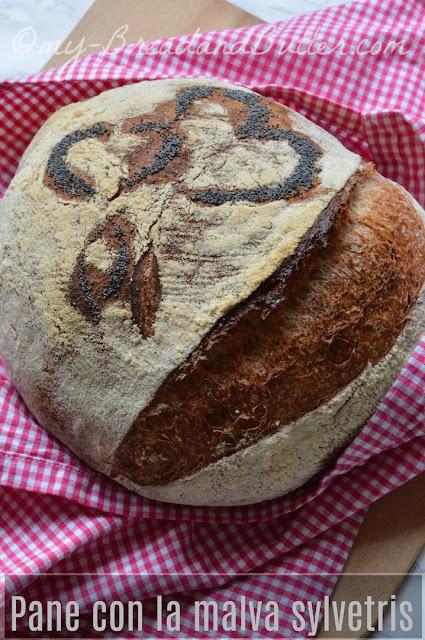 pane con lievito madre cotto in pentola