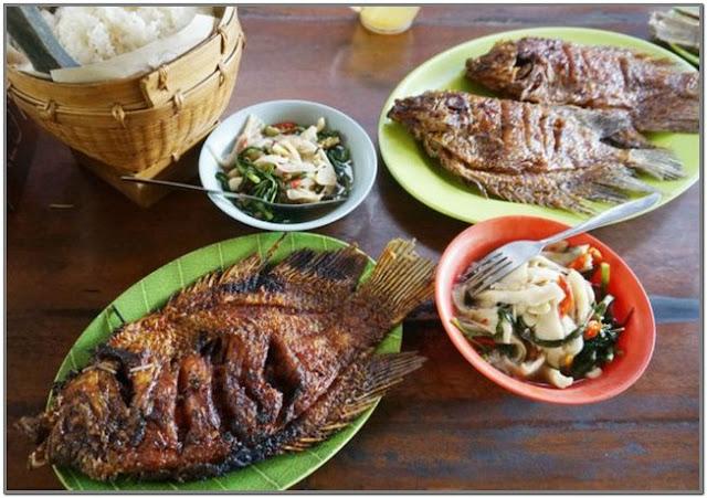 Lesehan Ikan Bakar Klotok Padangan;10 Top Kuliner Bojonegoro;