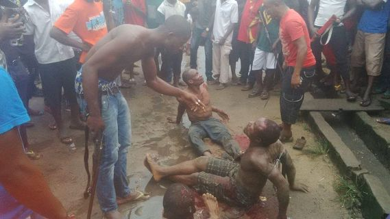 Alleged Thieves Brutally Beaten By Angry Mob In Aba