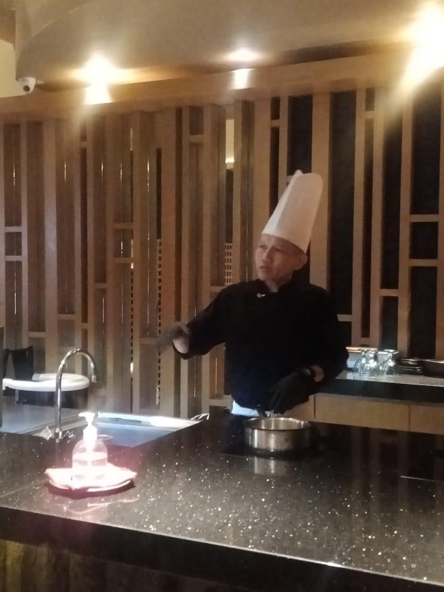 chef-mandeh-padang-resto