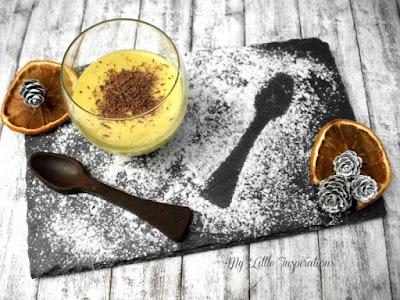 Zabaione: ricetta facile e golosa - bicchierino con cucchiaino cioccolato - MLI