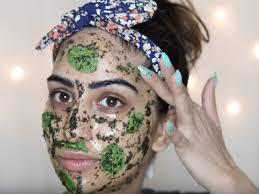 3 remèdes maison pour supprimer les poussées d'acné et leurs cicatrices