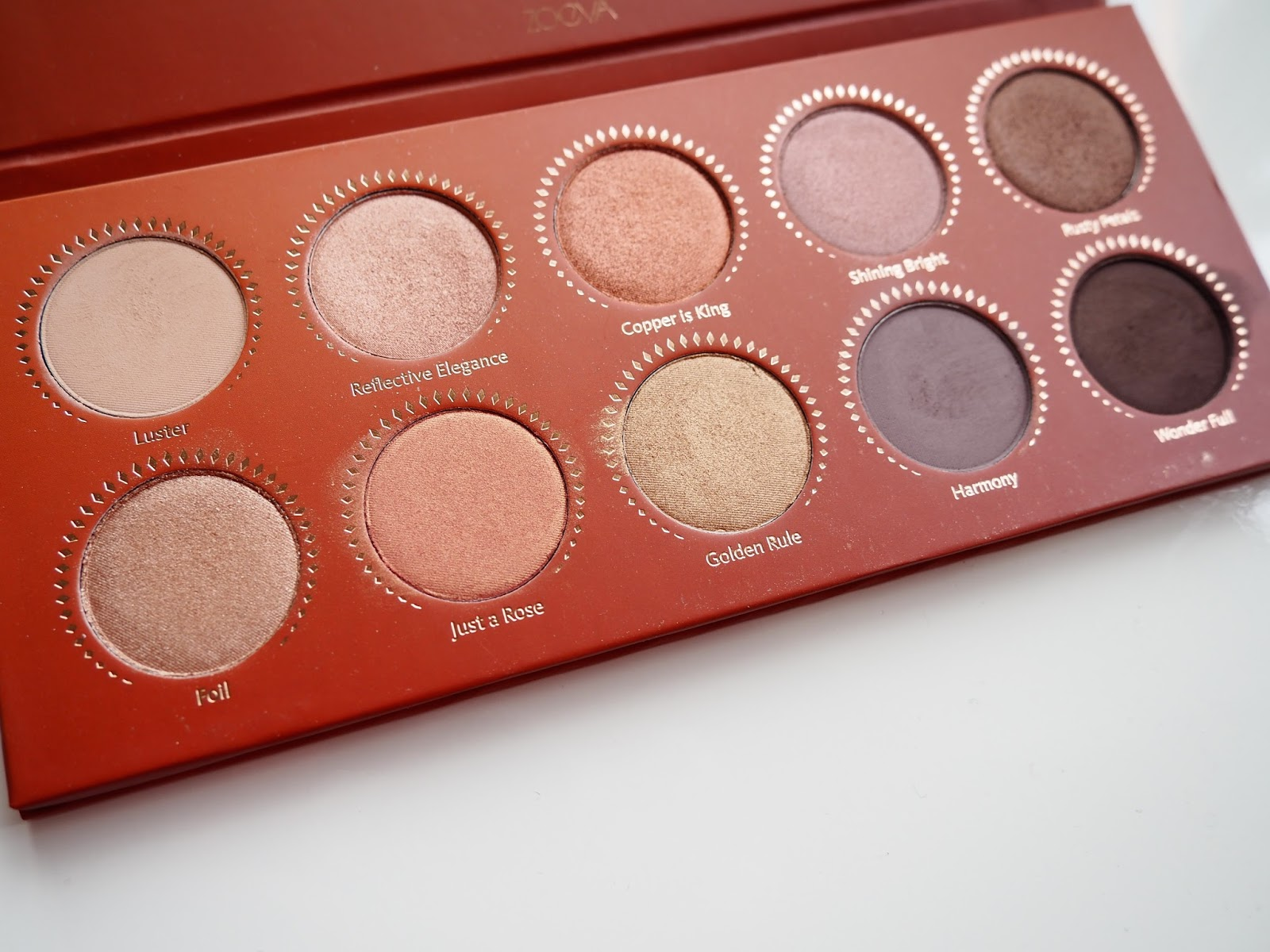 Zoeva Rose Golden Eyeshadow Palette