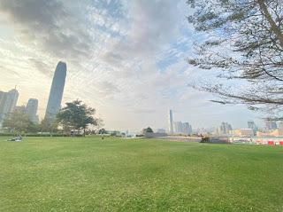 [遊樂小記] 超大草地 - 添馬公園