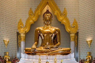 Wat Trai Mit Bangkok