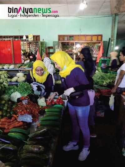 Jelang HKN, Dinkes SBT Masuk Bersihkan Pasar Bula