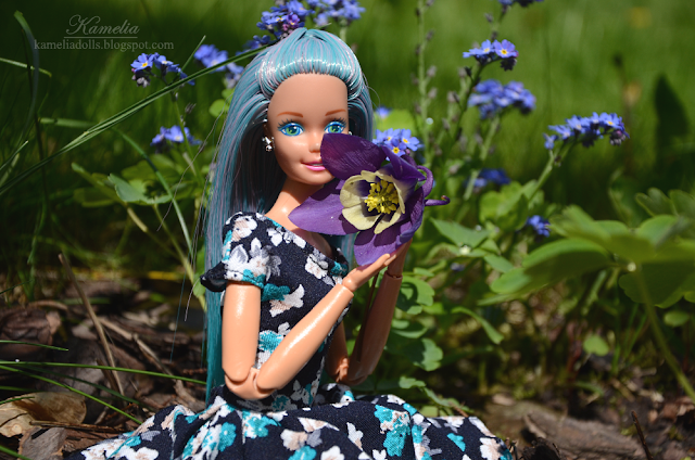 Blue hair reroot Barbie doll