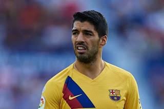 Ajax's sporting director rules out Barcelona striker Suarez's potential return