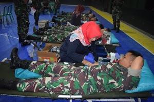 Gandeng PMI Malang, Bulan Ramadhan Prajurit Kostrad Giat Donor Darah