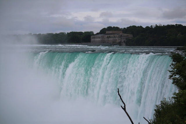 cascate del Niagara in canada