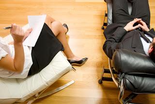 profesionales en Psicología o Trabajo Social en Cali