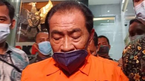 Budhi Sarwono Nyesal Jadi Bupati Bergaji Kecil maka Harus Korupsi, Netizen: Jangan Dibully Entar Tahanannya Dikurangi Ama Hakim