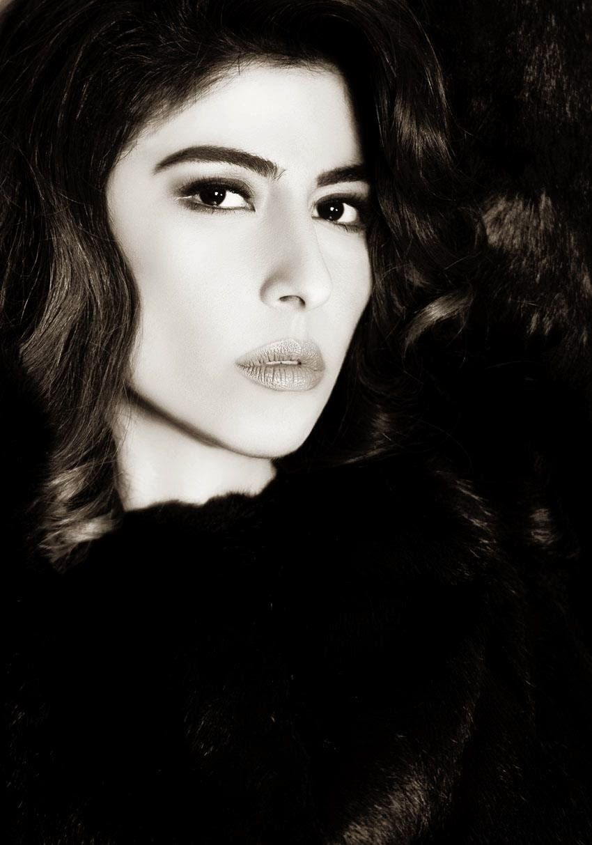 Meesha Shafi On The Cover Of NICHE Magazine