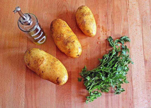 Πατάτα πιρουνάτη με μαϊντανό / Mashed potatoes with parsley