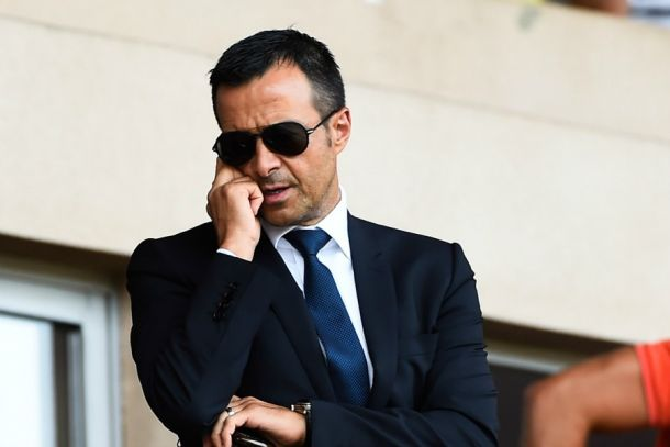 Mendes pone precio al creador de Football Leaks