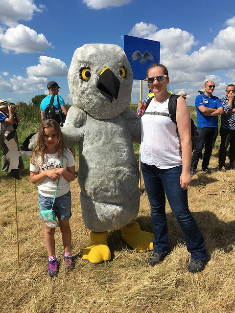 Zoe and Bubs meeting Henry Hen Harrier - @HenryHenHarrier