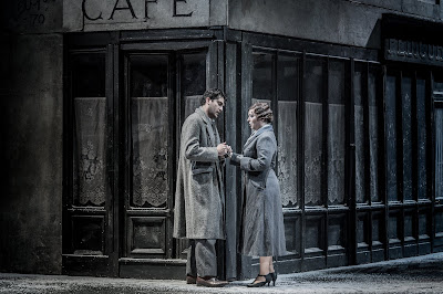 Puccini: La bohème - Jonathan Tetelman, Natalya Romaniw - English National Opera (Photo Robert Workman)