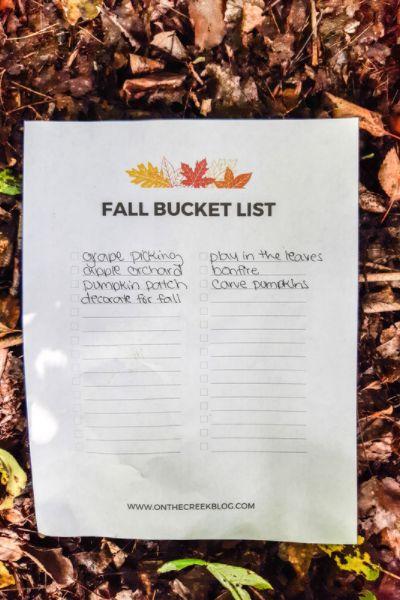 Fall bucket list free printable | On The Creek Blog // www.onthecreekblog.com