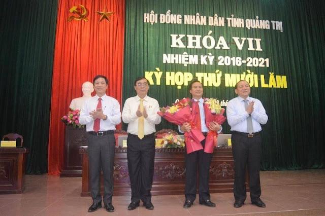 """Bị """"vết nhơ"""" nhưng ông Võ Văn Hưng vẫn được bầu làm Chủ tịch tỉnh Quảng Trị"""