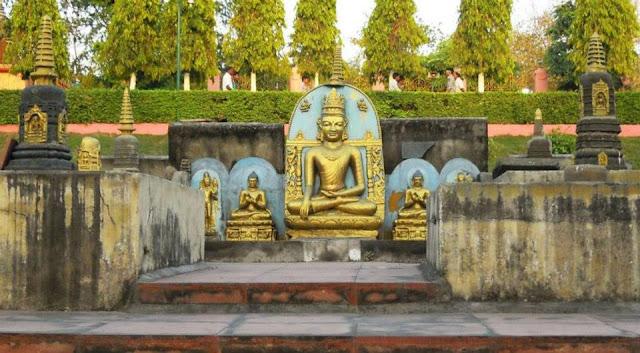 Buddha sculptures near the Mahabodhi Temple, Bodhgaya.
