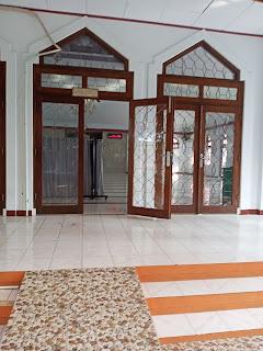 Gambar masjid adalah dokumen pribadi.