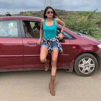 Sakshi Pradhan actress