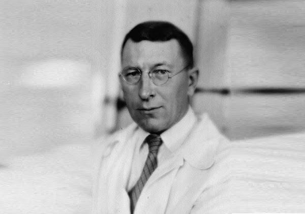 مكتشف الإنسولين  فردريك بانتنغ Frederick Banting