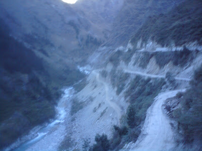 Narrow roads at Joshimath enroute to Badrinath