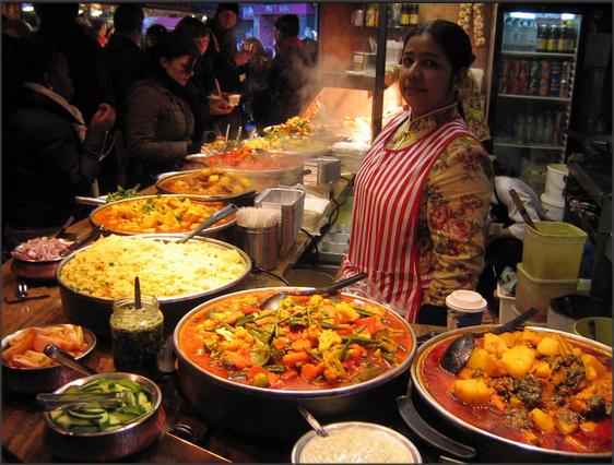 Biaya Makan dan Menunya di India Dijelaskan Dengan Detail di