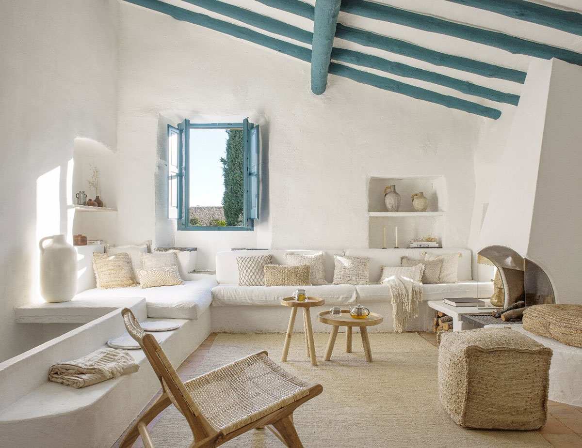 Spring-Summer collection by Kave Home in a sunny Greek villa