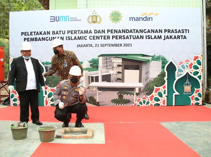 Kapolri Yakin Hasilkan SDM Berkualitas,  Di Acara Peletakan Batu Pertama Islamic Center PERSIS