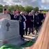 «Βγάλτε με έξω, είναι σκοτεινά εδώ»: Άνδρας φώναζε από τον τάφο στην κηδεία του (video)