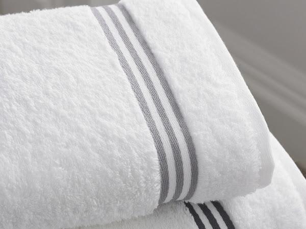 Cara Mencuci Handuk  agar Tetap Lembut