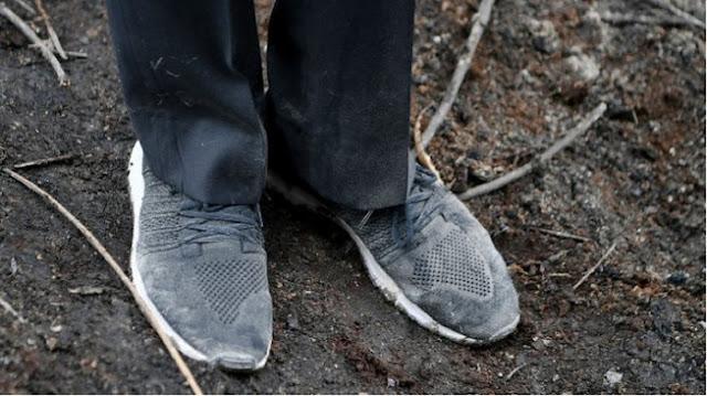 Cibir Jokowi yang Pamer Sepatu Kotor, Walhi Riau: Penyelesaian Karhutla?