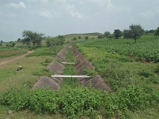 किसान कितने परेशान हैं आज लाखों रुपए की यह परियोजना यूं ही नष्ट होने की कगार पर है