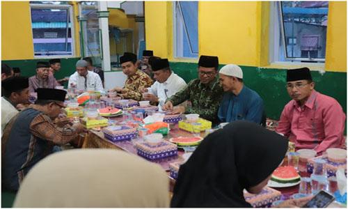 "Wawako Payakumbuh,""Buka Puasa Bersama Di Mesjid Gadang Balai Gadang"