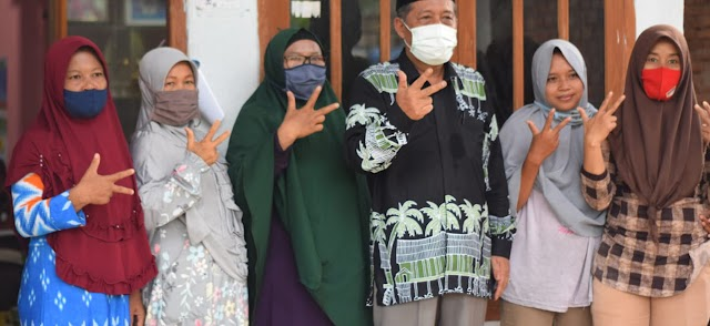 Emak-emak Kumpeh Ulu Doakan Abdullah Sani Jadi Wakil Gubernur