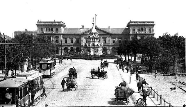 1900-е годы. Рига. Динабургский вокзал и часовня Святого Александра Невского.