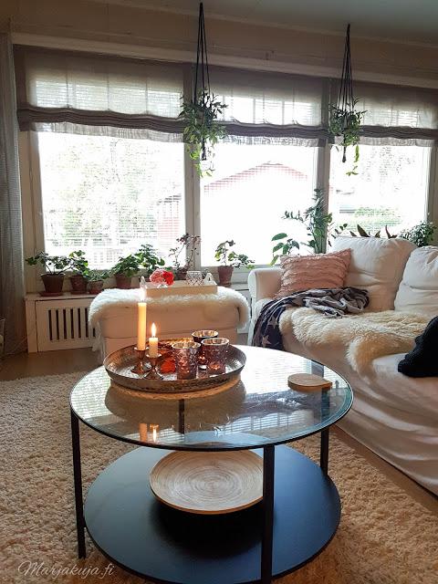 olohuone sisustus vuonna 2018 olohuoneen sisustus boho ektorp sohva livingroom skandinaavinen