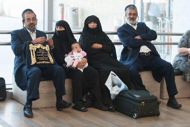 Yahudi Berjaya Justru Saat Islam Berkuasa Ratusan Tahun*