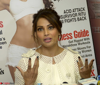 Bipasha Basu Launches Health Magazine March 2017 12.jpg