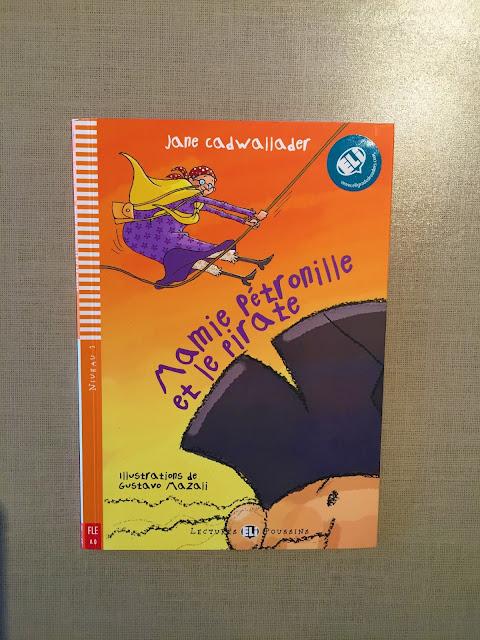 """Recenzje #184 - """"Mamie Pétronille et le pirate"""" - okładka książki - Francuski przy kawie"""