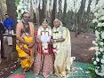 பெண்ணும் பெண்ணும் தாலிகட்டிக்கொண்டார்கள்! கனடாவில் நடந்த திருமணம்!!