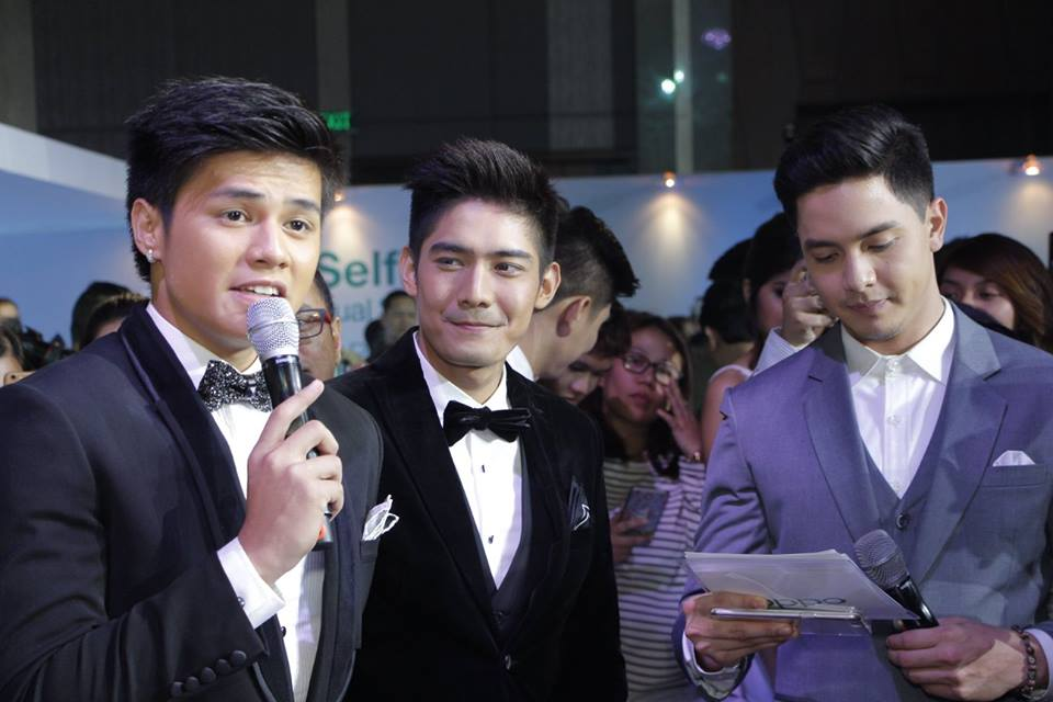 Kapamilya stars Ronnie Alonte and Robi Domingo with Alden Richards.