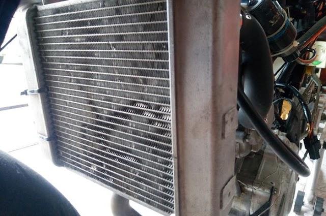 Mengatasi Radiator Mobil Bocor