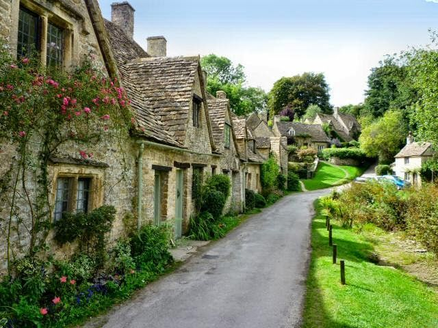 Castles of brittan essay