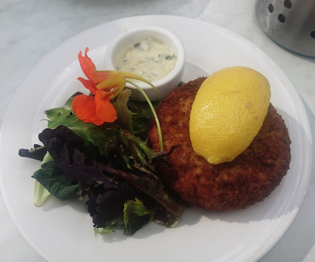 The Oaks Cafe, Surrey Hills, tuna patty